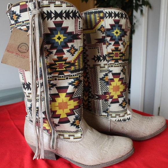 d88e20693dd NWT BIG BUDDHA Aztec Cowboy Boots NWT